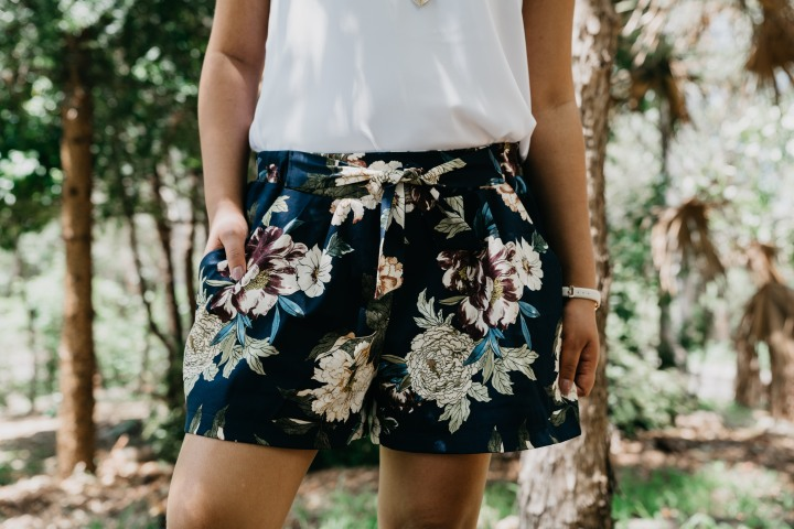 The Floral Summer Shorts: Simplicity 1887